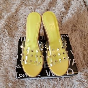 Wild Diva clear w/ gold studs & yellow wedges